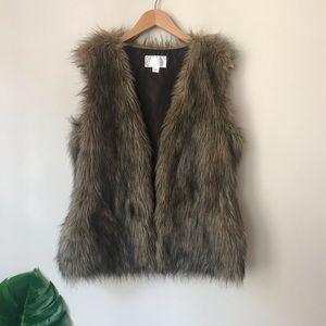 Xhilaration | Brown Faux Fur Vest Open Front Large